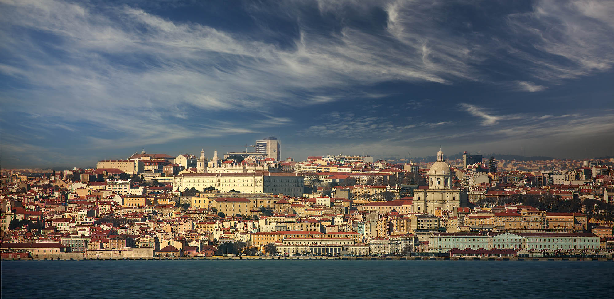 Ритм сердца Португалии. Интригующий Лиссабон.