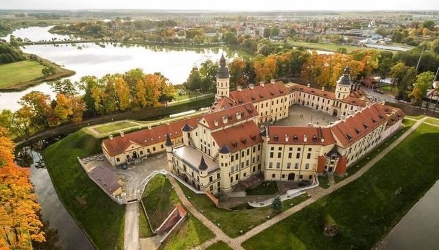 Несвижский замок, фото сверху. Источник: https://www.politforums.net
